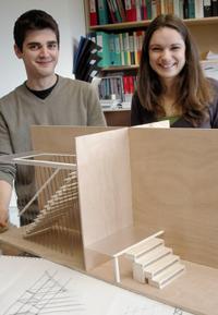 Gilles Sommes a fait appel à la créativité de deux étudiants en design pour développer de nouveaux modèles d'escaliers.
