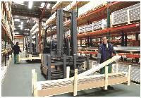 Rachetée par ses salariés en janvier dernier, la Cepam, une Scop spécialisée dans le lambris décoratif, a dégagé des bénéfices sur le premier trimestre.