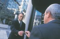Badge de reconnaissance, barrière dans les parkings... La sécurité d?une entreprise passe aussi par la gestion de ses accès.