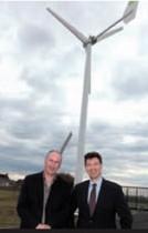 Bruno Boulay (à gauche), dirigeant de la Société Nouvelle Testard, avec son fournisseur, Michel Galligo, p-dg de Weole Energy.