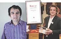 Le lauréat du concours Plume d'agence , Roland Marcotte, et son recueil de nouvelles.