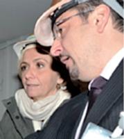 Valérie Pécresse assiste au travail des peintres de Carmine & Cie.