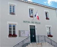 La mairie de Ligné (44).