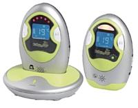 D'une portée de 1 000 mètres, l'écoutebébé de Babymoov contrôle aussi la température de la chambre.