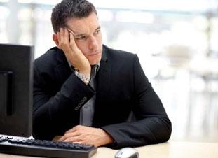 Impliquer les vendeurs dès le début de la mise en place du CRM évite de les démotiver.