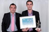 Marc-Antoine Blin (Ryb) a reçu ce prix des mains de Yann Rambaud (Prodware), à gauche.