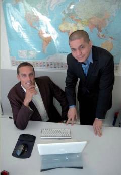 Sébastien Valverde (à gauche) et Moezz Sedkaoui, fondateurs d'Ypsée, TPE marseillaise spécialisée dans le conseil en prestations esthétiques.
