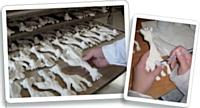 Vulli continue de fabriquer Sophie la girafe en Haute-Savoie de manière artisanale selon un savoir-faire complexe: la vulcanisation par rotomoulage du caoutchouc.