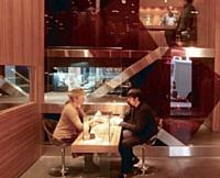 Crésus a ouvert sa première boutique à Lyon en 1993.