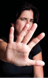 Harcèlement sexuel: une nouvelle définition qui doit être affichée