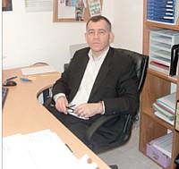 Joël David, dirigeant de Bagagiste & Cie, sensibilisé aux problèmes de garde d'enfants, est l'un des fondateurs de la crèche interentreprises L'Eveil de Rohig.