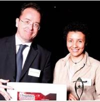 Barbara Martel a reçule 1er prix des mains de Christophe Poissonnier (Ciel).