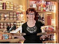 Que ce soit en matière d'épicerie ou de chaussures, Rosa Gouin ne propose que du haut de gamme.