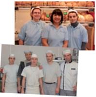 En boutique ou au pétrin, les apprentis sont totalement impliqués dans l'activité de la boulangerie.