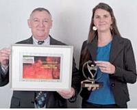 Le 2e prix a été remis à Valérie Piquée par Jean-Luc Pinson (Cefac).