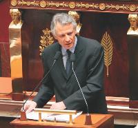 Le Premier ministre, Dominique de Villepin, souhaite apporter des améliorations au CNE.