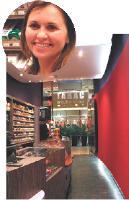 Véronique Dubessy a su faire du Smoke Shop un espace de vente attrayant et original.