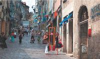 A Limoges, le centre-ville a repris des couleurs grâce à d'importants travaux de rénovation.
