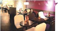 Les enseignes de restauration rapide portent une attention particulière à la décoration. Ci-contre, un «Pomme de Pain Café».