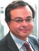 DENIS LACROIX, directeur achats en charge des frais généraux et des études, Saint-Gobain.