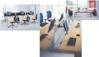 Bureaux indépendants ou à structure partagée, tables de réunion... La gamme 4most de GDBI s'adapte à toutes les situations.