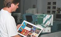 Le prestataire ne doit pas seulement imprimer les documents mais fournir des conseils dans la présentation, la mise en page, le support adéquat...