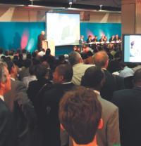 Les retombées des congrès sont estimées à 7,8 milliards d'euros par an pour l'économie française.