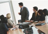 Près de 83% des DRH se disent favorables à une mise en concurrence accrue des organismes de formation. Et 65% jugent globalement utile la création de catalogues spécialement conçus pour leur entreprise.