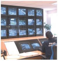 L'ensemble des caméras de la ville d'Avignon transmettent les images au centre d'exploitation de la police municipale qui pilote tout le réseau