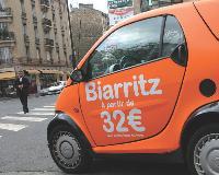A l'image de Carlogo, des loueurs spécialisés dans la communication publicitaire proposent aux entreprises d'habiller ponctuellement leurs propres véhicules pour un événement.