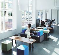 L'aménagement d'un hall est soumis à des impératifs architecturaux, mais aussi fonctionnels et organisationnels.