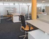 Des open spaces ont été aménagés afin de fluidifier les relations entre les services.