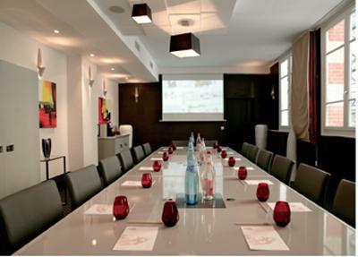 Louer des salles de r union haut de gamme for Reglementation capacite salle de reunion