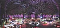 Chaque année, la SNCF organise entre 50 et 80 événements, comme «L'art entre en gare», exposition au Grand Palais (Paris) en 2007.