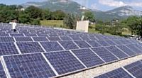 Depuis 2005, 4 500 m2 de panneaux photovoltaïques ont été installés à Chambéry. Ils produisent 382 kW-crête.