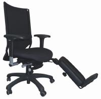 Si Eurosit propose des sièges qui s'adaptent à tout type de handicap comme ici, avec une «gouttière» qui permet de tenir sa jambe droite