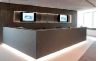 à droite, Elithis Chaque espace d'accueil doit reféter l'image et les valeurs de l'entreprise