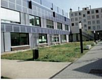 L'école Jean-Louis Marquèze, dans le Val-de-Marne, est le premier bâtiment public labellisé «zéro énergie» en France.
