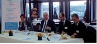 Au centre, Jean-Claude Volot médiateur de la sous-traitance lors d'un débat organisé par Croissance Plus, le 15 décembre 2010.