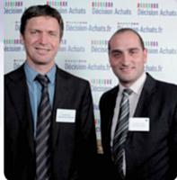 Philippe Pin a reçu le prix spécial de la rédaction Décision Achats, ici représentée par Charles Cohen (à droite).