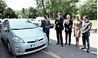 La Prius hybride rejette seulement 59 g/km de CO2 en cycle mixte européen.