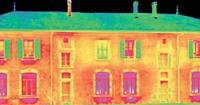 L'utilisation d'une caméra thermique permet d'établir le déperdition énergétique d'un bâtiment.