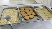 Nombre de menus sont composés de cordons bleus, raviolis ou brandades de morue pauvres en protéines animales.