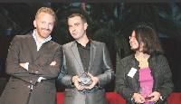 L'Homme e-commerce 2008, Michel Campan, entouré de Pierre Kosciusko-Morizet et de Maria Harti.