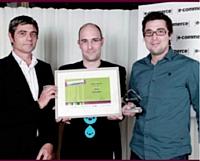 Alain Mollé, Eurosites, a remis le Trophée d'or Design / ergonomie à Martin Toulemonde de Chronodrive et Stéphane Lecouturier d'Altima.