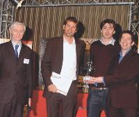 Trophée Design et Ergonomie Gérard Ladoux (secrétaire général de l'Acsel), Lionel Curt (p-dg de Mégalo(s)), Nicolas Forestier (directeur conseil chez Megalo(s)) et Marc Gévaudan (responsable e-business - BPI - Parfums Jean Paul Gaultier).