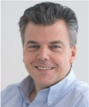 Dans son ouvrage, Marc Schillaci, p-dg d'Oxatis, propose des solutions simples, pratiques et peu coûteuses pour créer et gérer son site marchand.