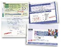 Application typique de la plateforme Match Mailer de Moore, le mailing La Redoute comprend 8 éléments dont 7 personnalisés: les 3 chèques de réduction, les 2 lettres de présentation, le bon de commande et l'enveloppe.