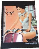 Un grand catalogue qui fait rêver et une version miniature largement diffusée.