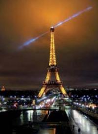 Paris fait pour lui figure de capitale idéale.